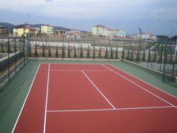 Pelikan Hill tenis kortu