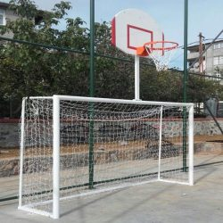 Futbol Kalesi ve Basketbol Potası