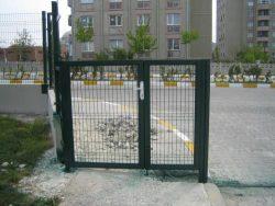 panel çit giriş kapısı